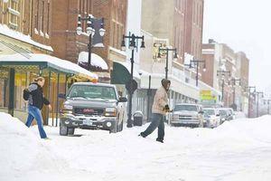 02-snow-street