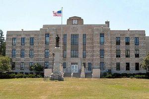 Rice_County_Courthouse_Faribault_MN_US_2008_Faribault