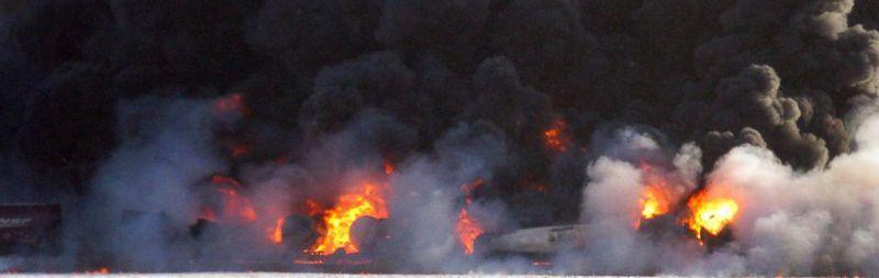 AP_north_dakota_train_explosion_jef_131231_16x9_992