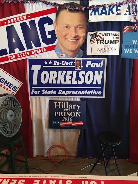 HillaryForPrison2016